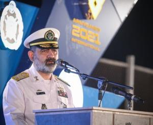 جزئیات مقابله ی تکاوران دریایی با تروریستها از زبان دریادار ایرانی