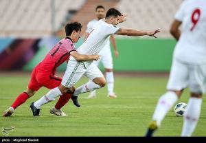 ورمزیار: تیم ملی نتیجه میگیرد و نباید انتقاد کرد
