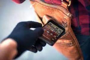 عامل سرقت گوشی تلفن همراه و ایجاد اکانت روبیکا شناسایی شد