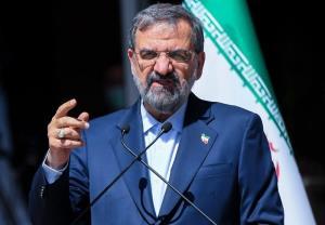 محسن رضایی: علاوه بر تحریمهای خارجی، با تحریمهای داخلی نیز مواجه هستیم