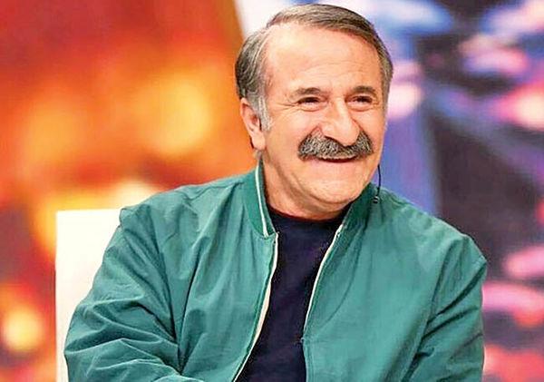 وقتی مهران رجبی در برنامه زنده ادای نوید محمدزاده را در می آورد!