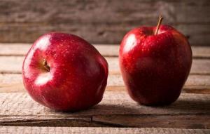 برای پیشگیری از سرطان روده روزی یک سیب بخورید