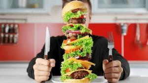 بعد از خوردن غذای سنگین این موارد را رعایت کنید