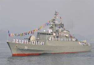 پهلوگیری ناوگروه هفتادو هفتم نیروی دریایی ارتش در «بندر صلاله» عمان