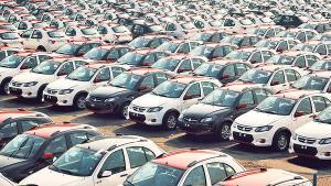دلالان رقیب مصرف کنندگان؛ حواله فروشی، آفتی که با قرعه کشی خودرو شدت گرفت