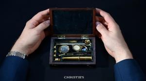 فروش میکروسکوپ چارلز داروین در یک حراج