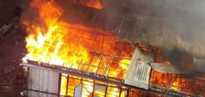 آتشسوزی گسترده انبار مواد شوینده در ساوه بایک مصدوم