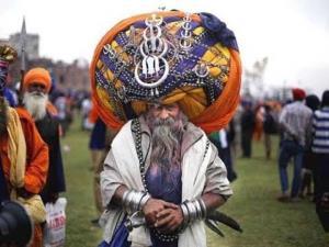مرد هندی با عمامه 80 کیلویی!