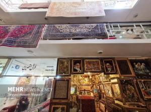 زیباییهای تار و پود در بازار فرش مشهد به روایت تصویر