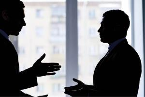 مهارت زندگی/ 8 توصیه درگوشی به کارمندان و مدیران