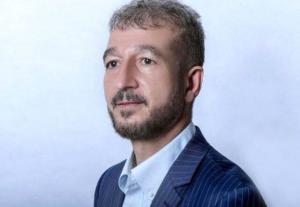 رئیس شورای شهر کرج بخاطر رفتار آقازادهاش عذرخواهی کرد