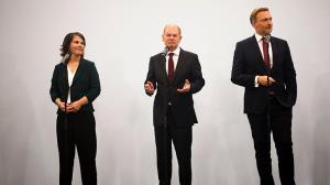 توافق اولیه برای ائتلاف «چراغ راهنمایی» در آلمان
