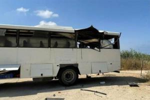تصادف اتوبوس هشت نفر را به بیمارستان کشاند