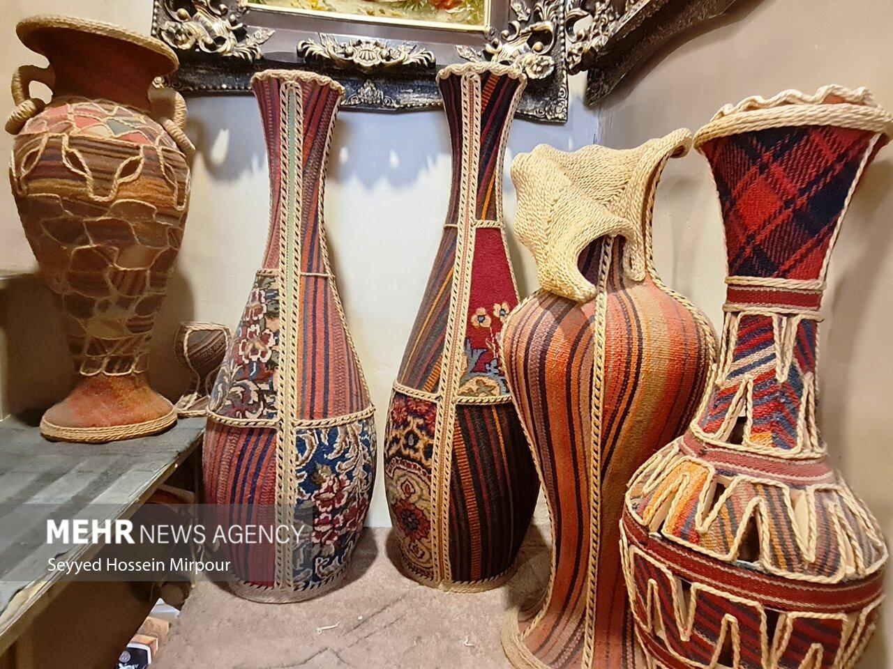 زیبایی های تارو پود در بازار فرش مشهد