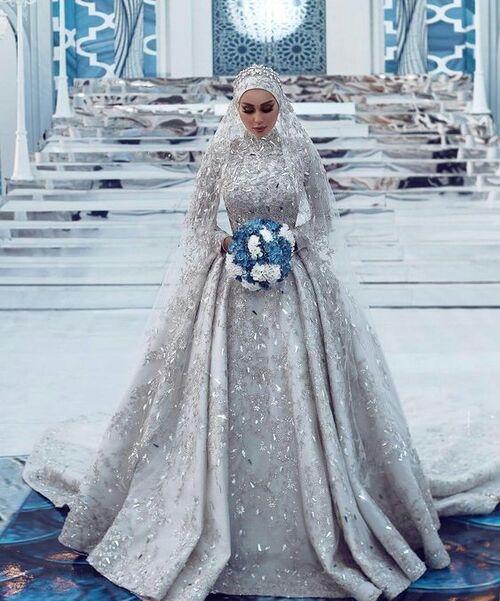 جنجال عروسی لاکچری با شاباشِ ۷۰ متری برای داماد!