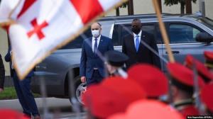رئیس پنتاگون برای مذاکرات نظامی وارد گرجستان شد