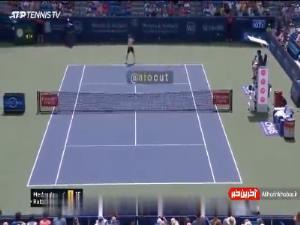 برخورد دنیل مدودف با دوربین در مسابقات تنیس سینسیناتی و اعتراض عجیبش
