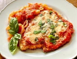 طرز تهیه چیکن پارمزان ایتالیایی خوشمزه