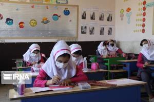 مدیرکل آموزشوپرورش: مدارس زیر ۳۰۰ دانشآموز کرمان از آبان ماه بازگشایی میشوند