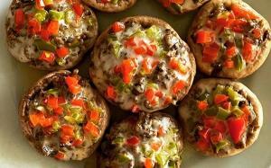 ۷ مدل غذای متنوع با «قارچ»؛ از دلمه تا سوفله
