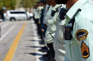 پلیس مانع از خودسوزی مرد جوان شد