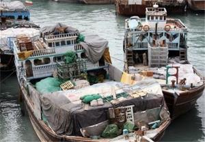 ورود محمولههای پوشاک قاچاق از طریق واردات تهلنجی