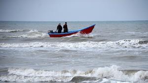 صیادان غیرمجاز خلیج گرگان دستگیر شدند