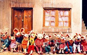 شیطنت بچه موش ها سر کلاس درس!