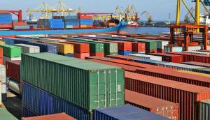 اتاق بازرگانی: صدور بخشنامه های دست و پاگیر فضا را برای صادرکنندگان ناامن کرد