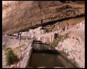 پاکسازی غار باستانی بنوو لارستان