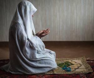 احکام/ در چه صورتی می توان نماز واجب را شکست؟