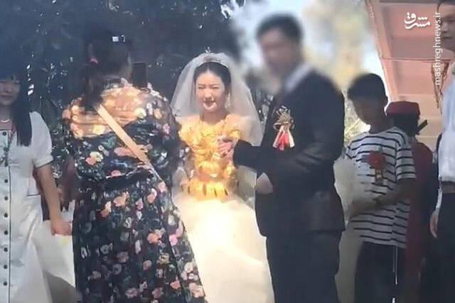 لباس عروس با ۶۰ کیلو طلا