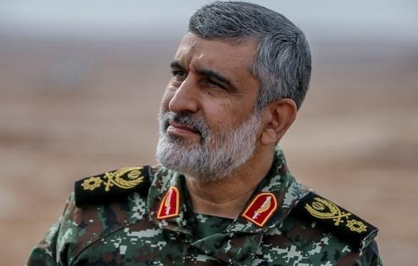 سردار حاجی زاده: آمریکا در برابر ایران، روسیه و چین تاب ایستادگی ندارد