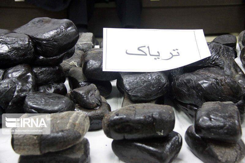 بیش از ۱۴۴ کیلوگرم تریاک در نایین کشف شد