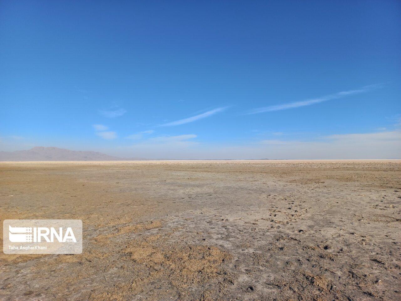 کاهش سطح آب دریاچه ارومیه