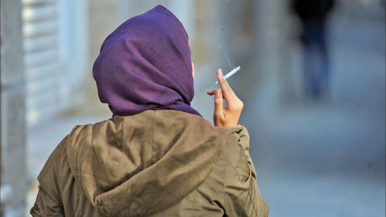 عاشق دختری شدم که سیگارش را با سیگار قبلیاش روشن میکند!