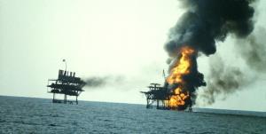 برگی از تاریخ/ صادرات نفت به بهای خون ایرانیها