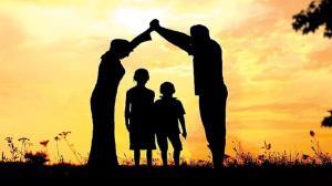 اعضای خانواده تا چه حد باید پشتیبان  یکدیگر باشند؟