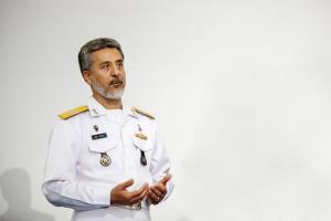 دریادار سیاری: ارتش آمادگی مقابله با هرگونه تهدید دشمن را دارد