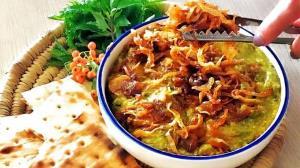 طرز تهیه آش سبزی شیراز