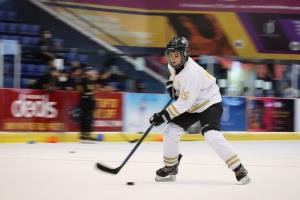 پیروزی تیم ملی هاکی روی یخ زنان در اولین دیدار رسمی