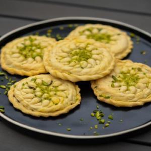 عصرانه/ روش تهیه شیرینی «کلمپه کرمانی» خوشمزه به روش سنتی