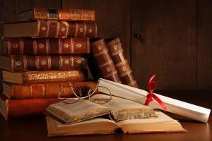 سمنان به مرحله نیمهنهایی پایتختی کتاب ایران راه یافت