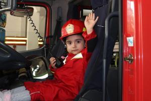 دردسرهای آموزش حرفه آتش نشانی به کودکان