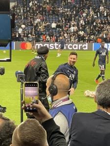 رونالدینیو - مسی؛ جای این دیدار در پاریس نبود