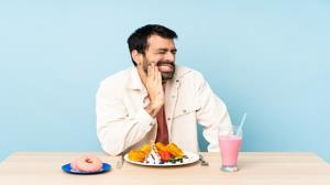بعد از جراحی دندان چه غذاهایی بخوریم؟