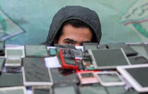 موبایل قاپ و چادر دزد در دام پلیس یزد
