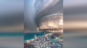 گردبادی هولناک در سواحل عمان