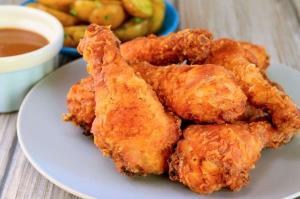 طرز تهیه مرغ کنتاکی؛ به جزئیات دقت کنید