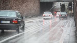 پلیس راه: رانندگان احتیاط کنند، جادههای آذربایجانغربی بارانی و لغزنده است